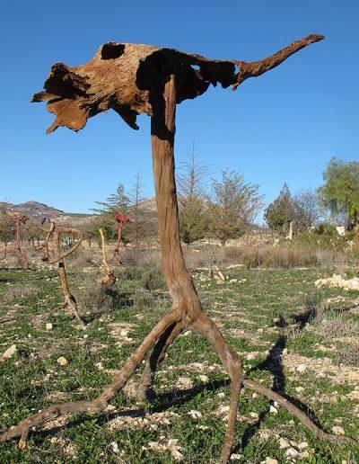 Großmaul mit Blessuren', Mandel- und Pappelholz (dreht sich im Wind), mit Braun koloriert, Fundort Andalusien.